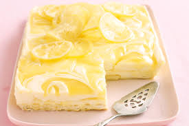 sachet pour biscuit lemon curd cheesecake slice