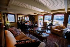 seattle refined tour a wooden lake union houseboat seattle refined