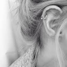 hoop earring on cartilage best 25 hoop cartilage earrings ideas on helix hoop