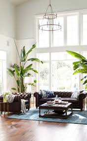 White Sofa Pinterest by Best 25 Chesterfield Living Room Ideas On Pinterest