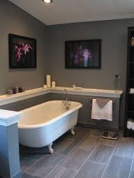 Gray And White Bathroom - view 25 photos of this 1 415 000 5 bed 5 0 bath 3500 sqft