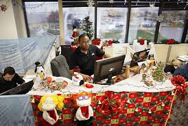 Christmas Decorations For Office Desk Over The Top Office Christmas Decorations Photograph C