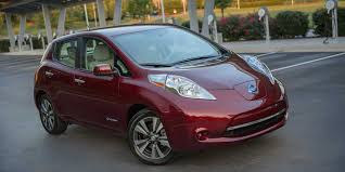 nissan leaf 2017 nissan leaf vehicles on display chicago auto show