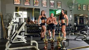 bendigo body builders take top spots bendigo advertiser