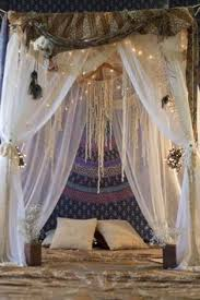 Diy Canopy Bed With Lights Fairy Lights Fairy Lights Beds And Fairies