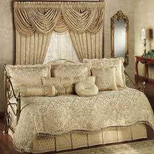 Daybed Comforter Set Daybed Bedspreads And Comforters New Newcastle Damask Bedding Set