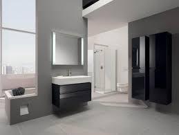 moderne badezimmer fliesen grau farbe im badezimmer muss grau gleich mausgrau sein my lovely