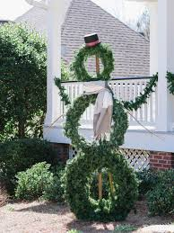 Grapevine Snowman For Outdoors by How To Make A Life Sized Wreath Snowman Hgtv