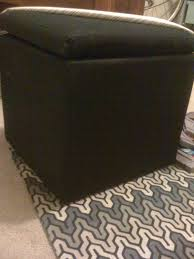 Diy Reupholster Ottoman by Remodel This House 11 2010