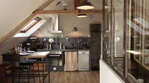 une cuisine sous les combles c est possible rêve de combles