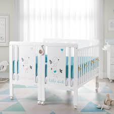 chambre pour jumeaux lit jumeaux jumelles lits design spécial jumeaux le trésor de bébé