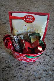 Movie Night Gift Basket Ideas 13 Gift Basket Ideas For Your Great Gifts Women Wellness Beauty