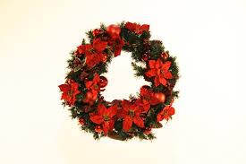 christmas wreath hire u2013 27 u2033 large christmas wreath