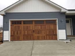 Warren Overhead Door Chi Overhead Doors Model 5983 Woodtone Cedar