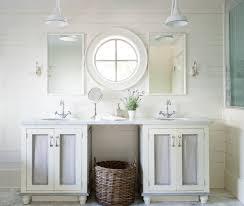 pristine cottage bathroom