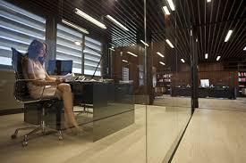 bureau vitre cabinet juridique croate office et culture