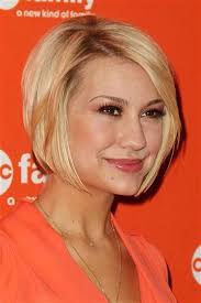 how to style chin length layered hair super short blonde haircuts 13 one length styles pinterest