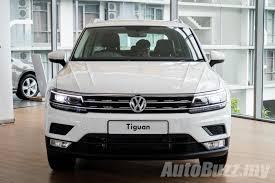 white volkswagen tiguan interior 2017 volkswagen tiguan previewed in malaysia 1 4l tsi from