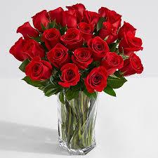 18 stemmed roses