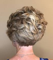 stacked shortbhair for over 50 90 classy and simple short hairstyles for women over 50 curly