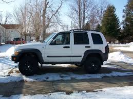jeep wheels white jeep liberty lifted white wallpaper 1600x1200 36276