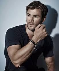 chris hemsworth hairstyles 50 handsome classic mens hairstyles menhairstylist com