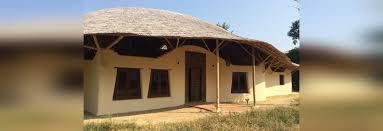 chiangmai life construction creates homes using rammed earth