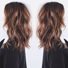medium length hair with lots of layers 26 flattering hairstyles for medium length hair 2017 pretty designs
