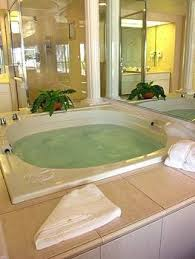 Hotels With Large Bathtubs Best 25 Jacuzzi Bathtub Ideas On Pinterest Jacuzzi Tub Jacuzzi