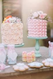 trend alert 25 gorgeous ideas for single tier wedding cakes