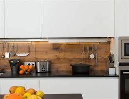 cuisine mur charming cuisine mur en 14 carrelage imitation bois et