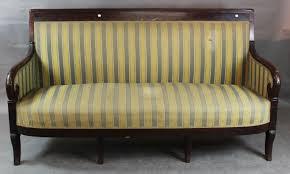levrette sur canapé catalogue de la vente vente mobilière à auxerre enchères fin