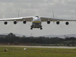 putin s plane world u0027s biggest plane antonov an 225 mriya lands in perth