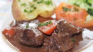 comment faire de la joue de bœuf façon daube plats cuisine vins