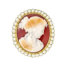 a history of brooches the style evolution of a classic jewel the