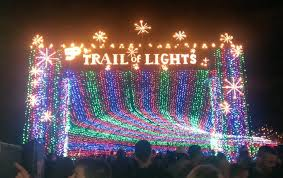 Trail Of Lights Austin Texas Austin And Lakeway Light Up The Trails In December Lake Travis
