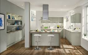 greenwich shaker grey contemporary kitchen from howdens joinery