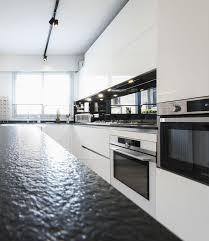 plan de travail en zinc pour cuisine plan de travail en zinc pour plan de interieur maison contemporaine