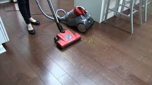 Vacuum Cleaner Laminate Floors Hoover Multi Cyclonic Canister Vacuum Not Picking Up On Hard