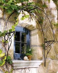 What To Use For Climbing Plants - best 25 wire trellis ideas on pinterest trellis on fence