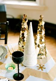 Gold Christmas Centerpieces - inspiring home christmas accessories design ideas introduce