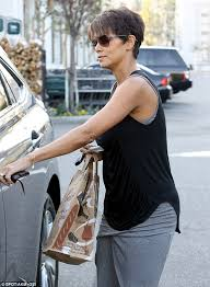 back view of halle berry hair halle berry shows off her trim post pregnancy body in summery