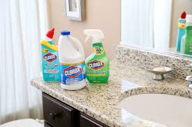 Ammonia Smell In Bathroom 10 Things To You Need To Clean With Bleach In The Bathroom The