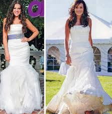 khloe kardashian in white strapless vera wang wedding dress