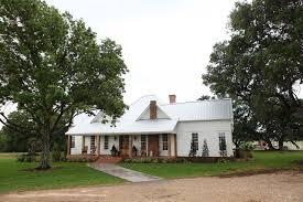 chip and joanna farmhouse chip and joanna gaines hgtv fixer upper show new farmhouse back