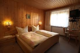 Schlafzimmer Tv M El Maria Horngacher Itter