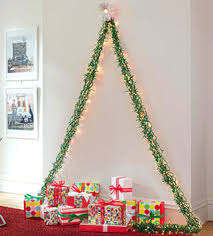 wall christmas tree alternative easy wall christmas tree ideas recyclart