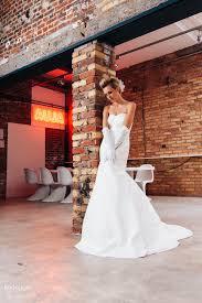 wedding dress brokat lindegger küssdiebraut wedding dresses