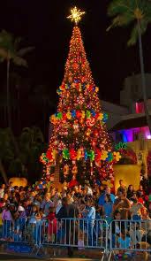 Honolulu City Lights Have A Warm Shaka Christmas Hawaiian Style Oklahoma Magazine