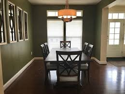 dark dining room table decorating dilemmas holly u0027s dark dining room how to decorate